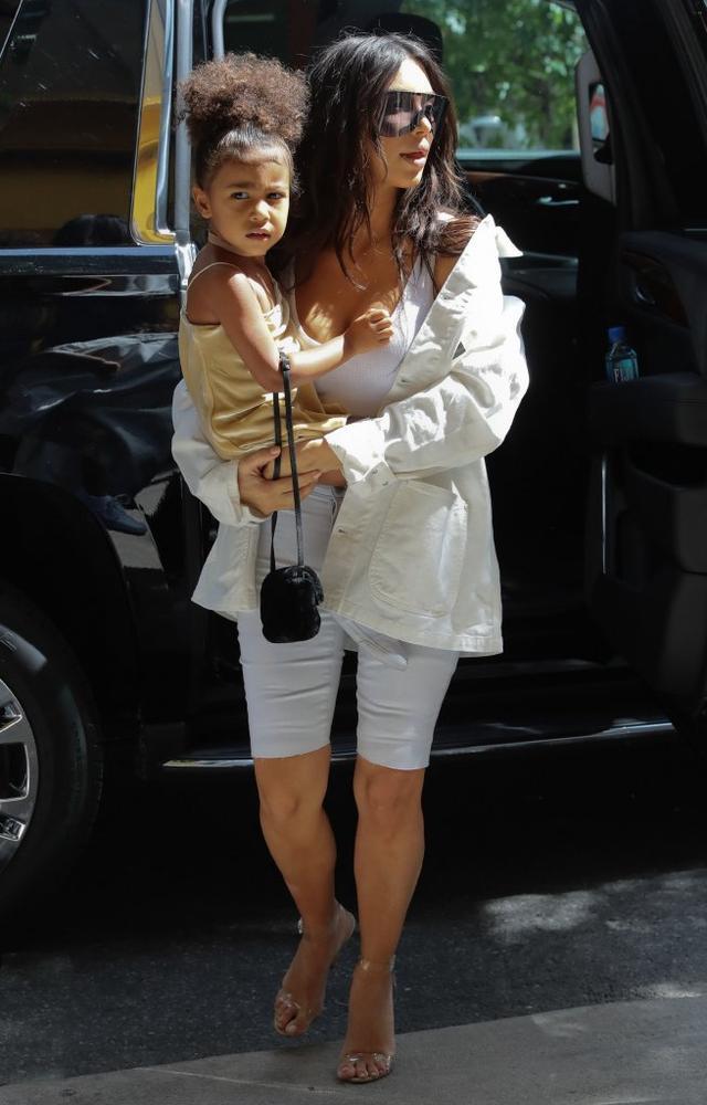 Stylowe Kim i Nori na wycieczce po Nowym Jorku (FOTO)