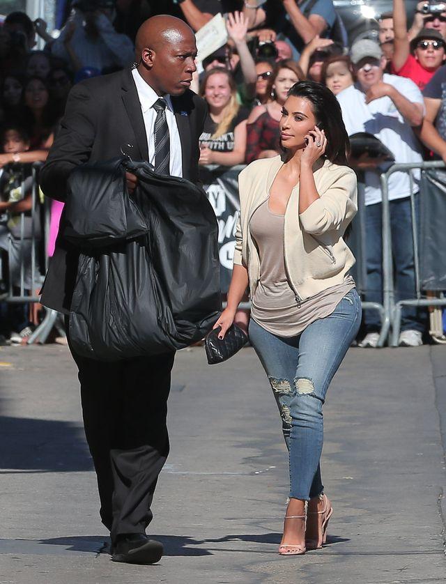 Kim Kardashian przeżywa na Twitterze, że jest za gruba