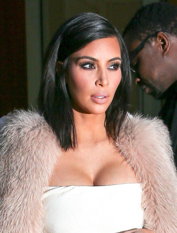 Kim Kardashian wynajęła makijażystkę piersi