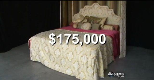 Kim Kardashian kupiła 6 najdroższych łóżek świata