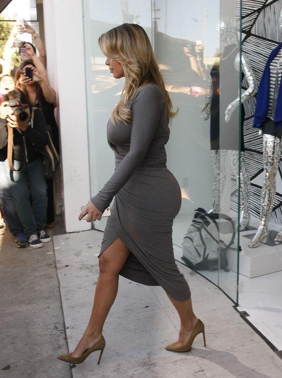 Kim Kardashian chcia�a i�� na operacj� plastyczn� zaraz po..