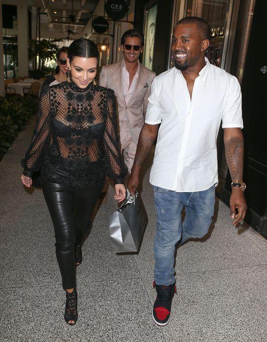 Serio? Co TO zdjęcie robi na Insta Kim Kardashian?