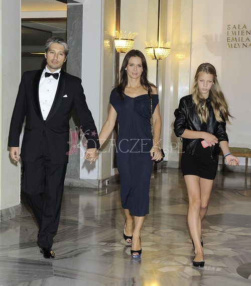 Szczęśliwa Kinga Rusin chwali się córką (FOTO)