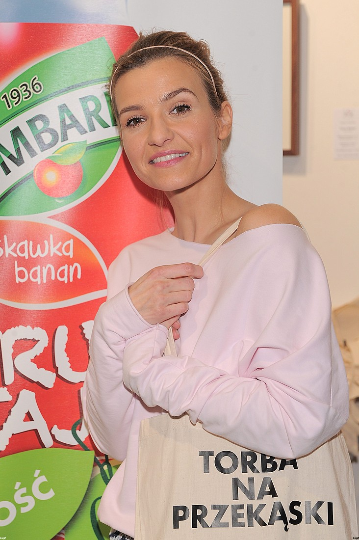 Wiosennna Joanna Koroniewska reklamuje soki (FOTO)