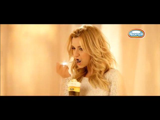 Joanna Koroniewska w reklamie lodów (FOTO)