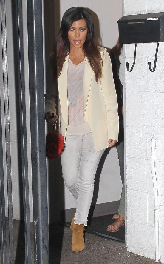 Kourtney Kardashian na co dzień - nie robi wrażenia? (FOTO)