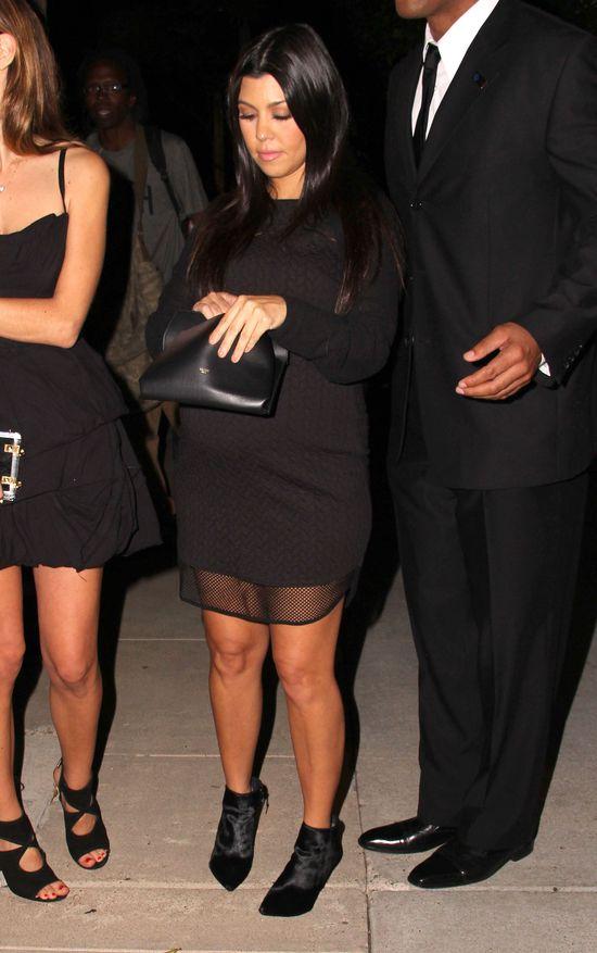 Kourtney Kardashian w zaawansowanej ciąży w nocnym klubie