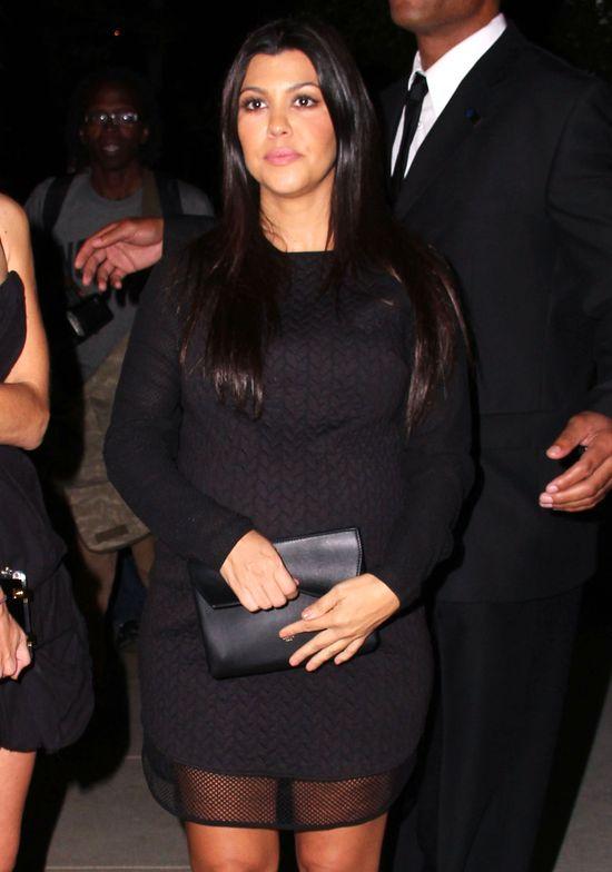 Kourtney Kardashian w zaawansowanej ci��y w nocnym klubie