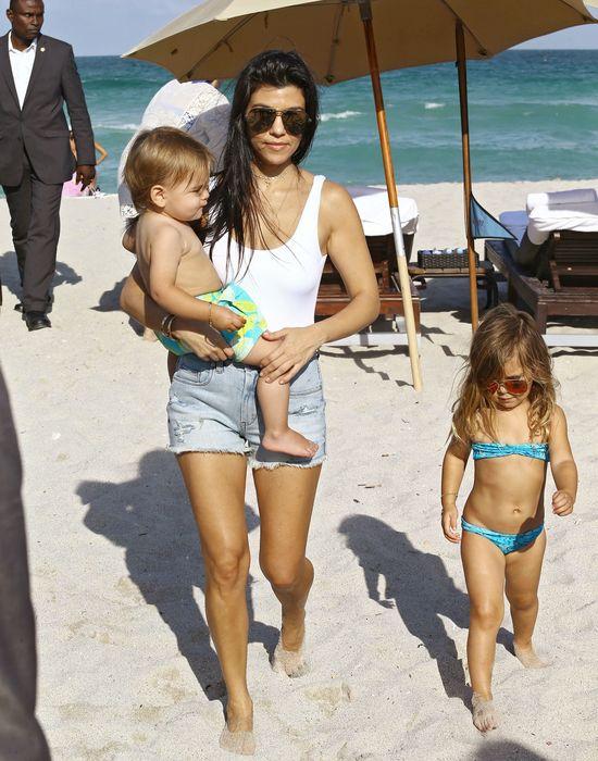 Kim Kardashian z pewnością zazdrości siostrze takiej FIGURY! (FOTO)