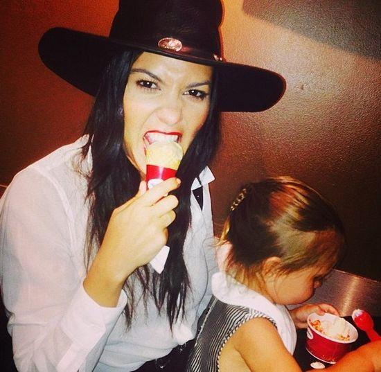 Kourtney Kardashian po raz pierwszy o swojej ciąży!