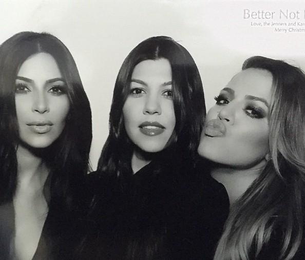 Kourtney Kardashian JUŻ pokazała się po prodzie!
