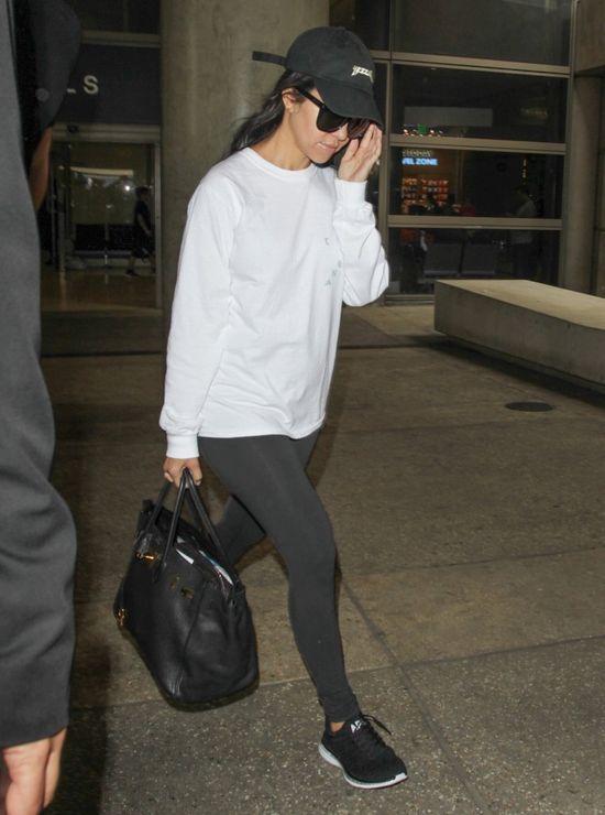 Tak wygladała Kourtney Kardashian po imprezie z Lindsay Lohan