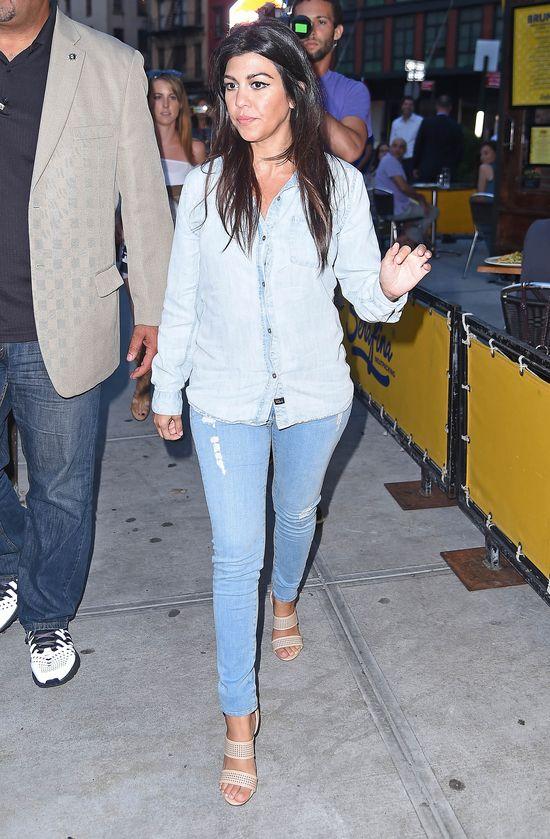 Czy u Kourtney Kardashian wida� ju� brzuszek? (FOTO)