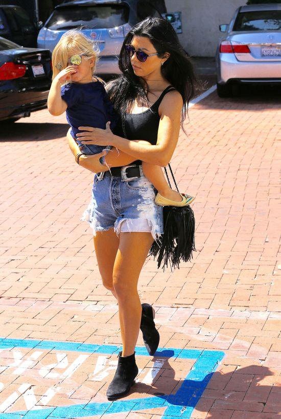 Oto najseksowniejsza hollywoodzka mama! (FOTO)
