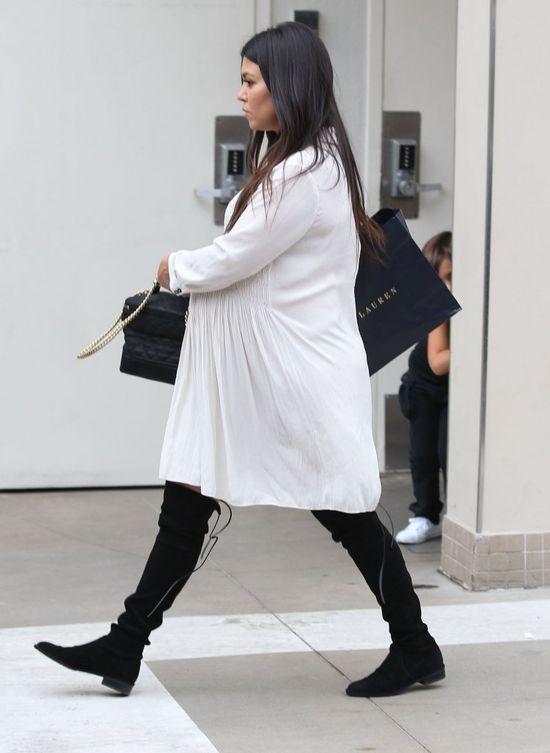 Tak wygląda Kourtney Kardashian 1,5 miesiąca po porodzie