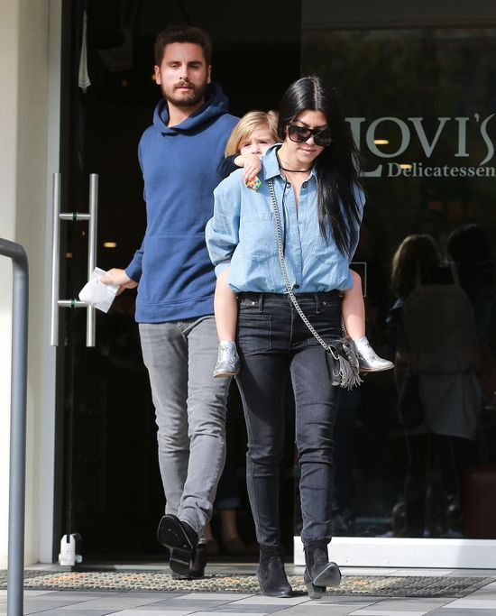 Kourtney Kardashian i Scott Disick staraj� si� o 4 dziecko?