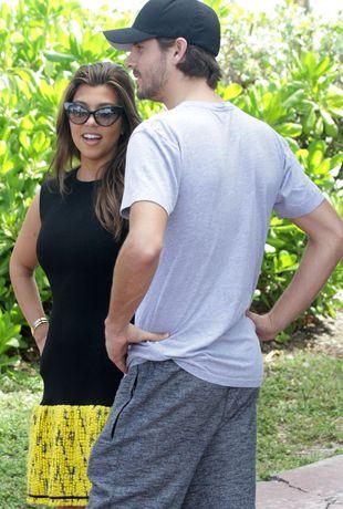 Kourtney Kardashian – po ciąży ani śladu (FOTO)