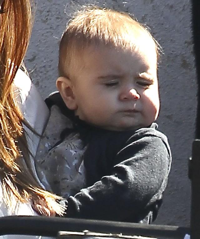 Córeczka Kourtney Kardashian rośnie - ładna? (FOTO)