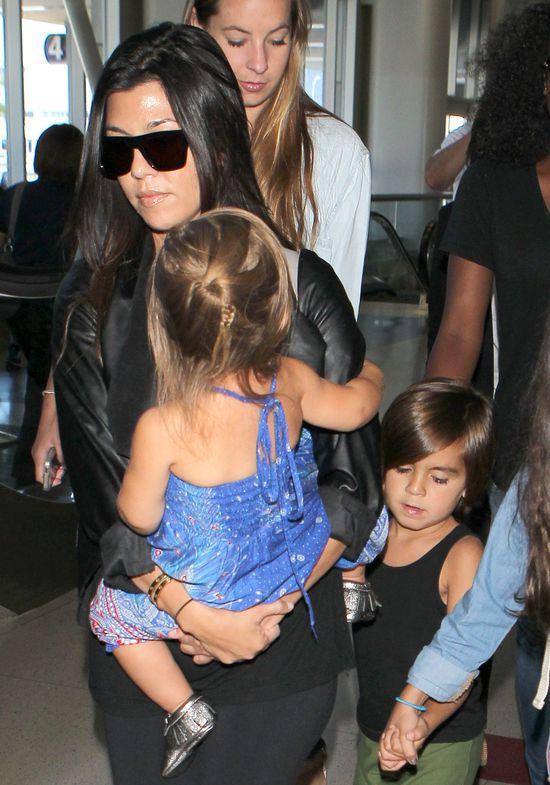Ciężarnej Kourtney Kardashian nie jest do śmiechu (FOTO)