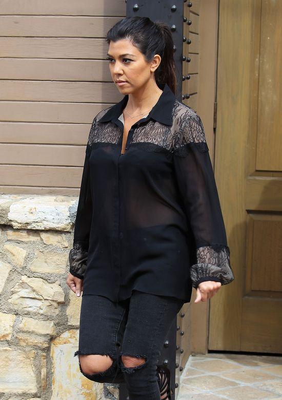 Kim kontra Kourtney Kardashian (FOTO)