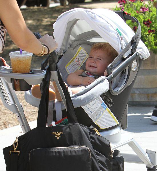 Modna Kourtney Kardashian z dziećmi na zakupach (FOTO)