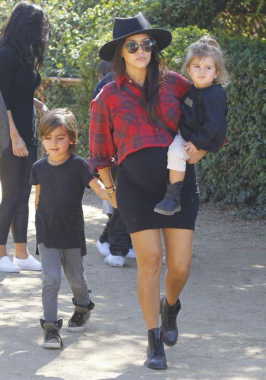 Kourtney Kardashian urodziła!