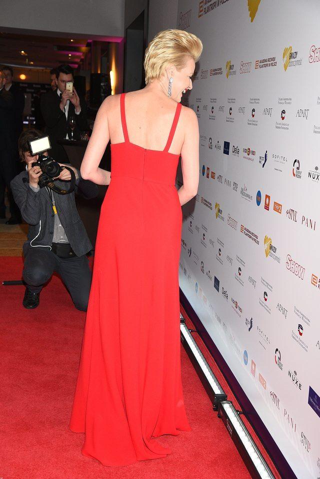 Kożuchowska i Koroniewska w czerwonych sukniach na gali