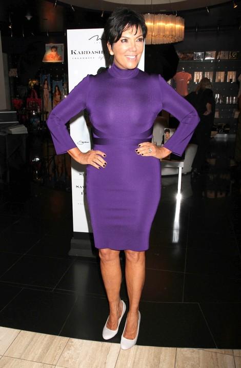 Kris Jenner chwali się bujnymi kształtami (FOTO)