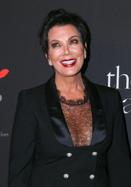 Kris Jenner przyzna�a si� do wielu operacji pastycznych