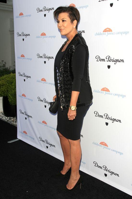 HIT! 60-letnia Kris Jenner powiększyła pośladki!