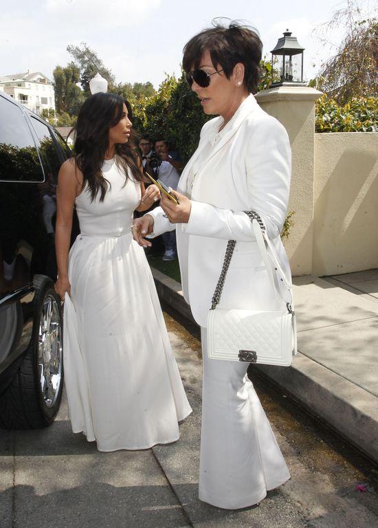 W posiad�o�ci Kardashian�w CUCHNIE GNIJ�CYM CIA�EM!