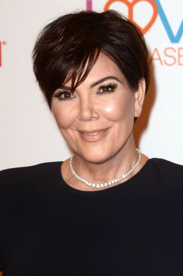 Fani widząc nową twarz Kris Jenner: Chirurg plastyczny cię kocha! (ZDJĘCIA)