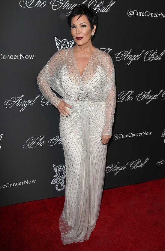 Kris Jenner choć raz ubrała się stosownie do wieku (FOTO)