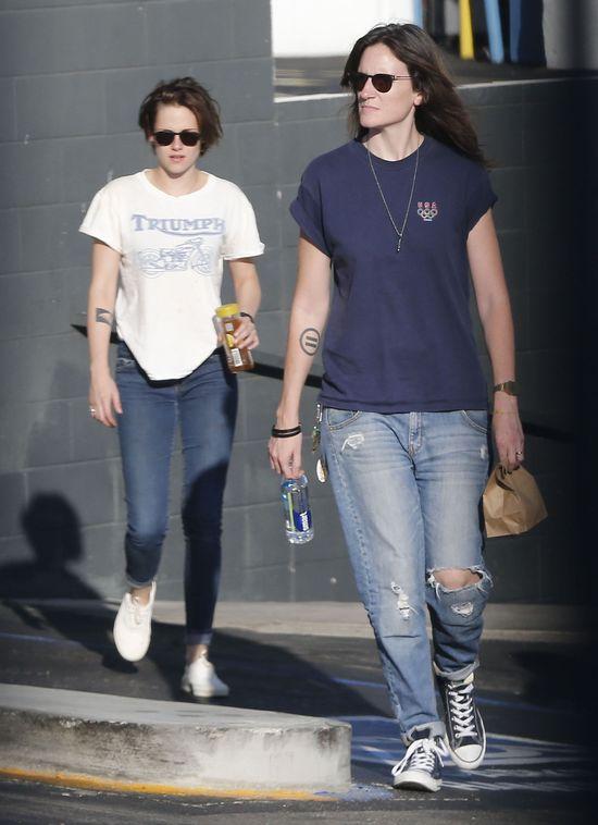 Kristen Stewart w końcu odwiedziła fryzjera (FOTO)