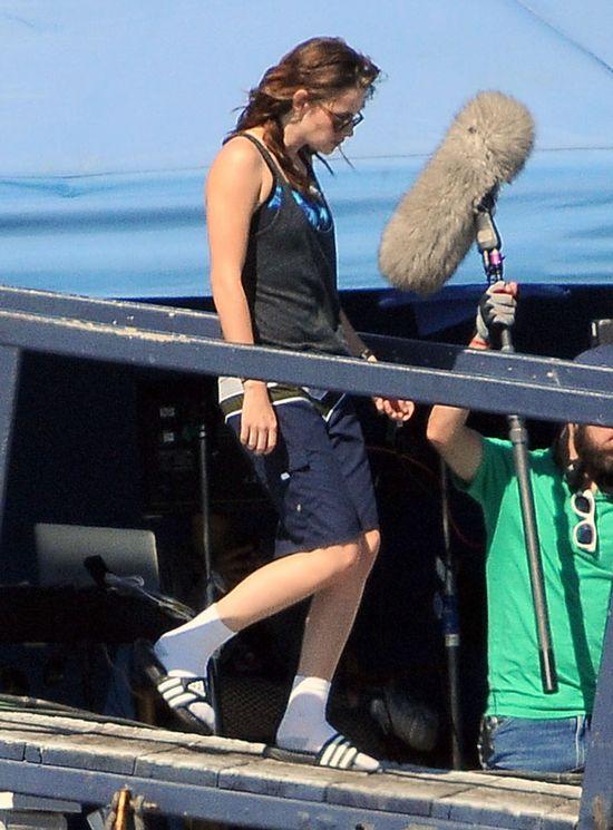 Uśmiechnięta Kristen Stewart na rybach (FOTO)
