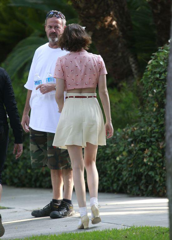 Dziewczęca Kristen Stewart w takim wdzianku? (FOTO)