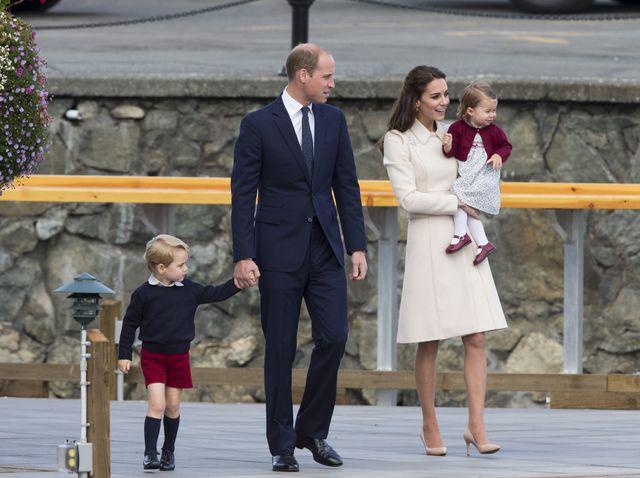 Księżna Kate i książę William pokazali coroczną świąteczną kartkę