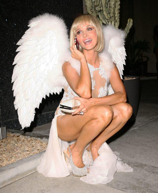 Joanna Krupa przypomina, jak boską suknię miała na ślubie