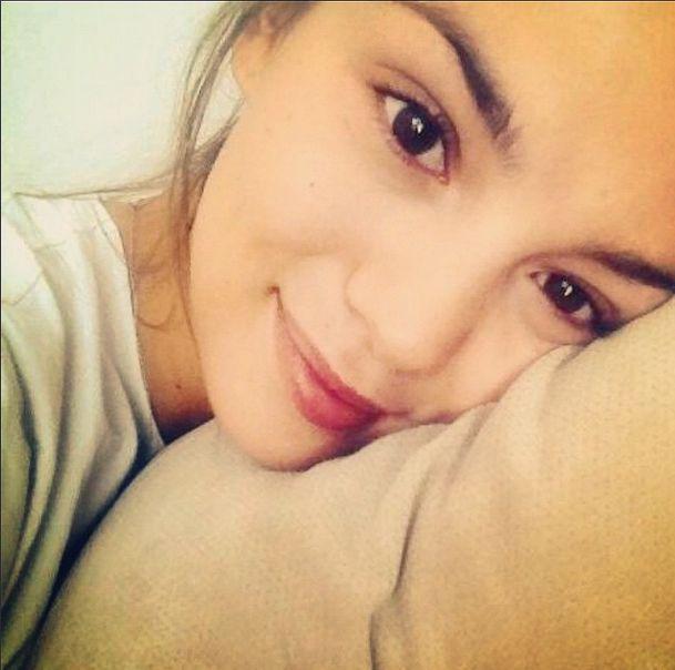Paulina Krupińska na Instagramie w łóżku bez makijażu