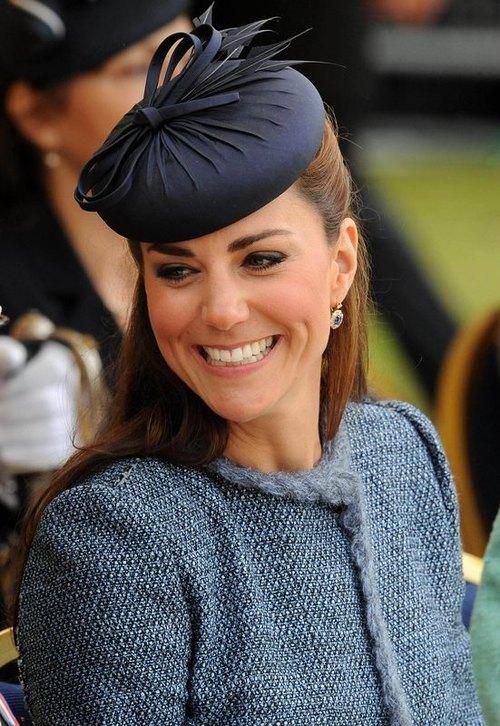 Kate Middleton wniosła na królewski dwór młodość (FOTO)