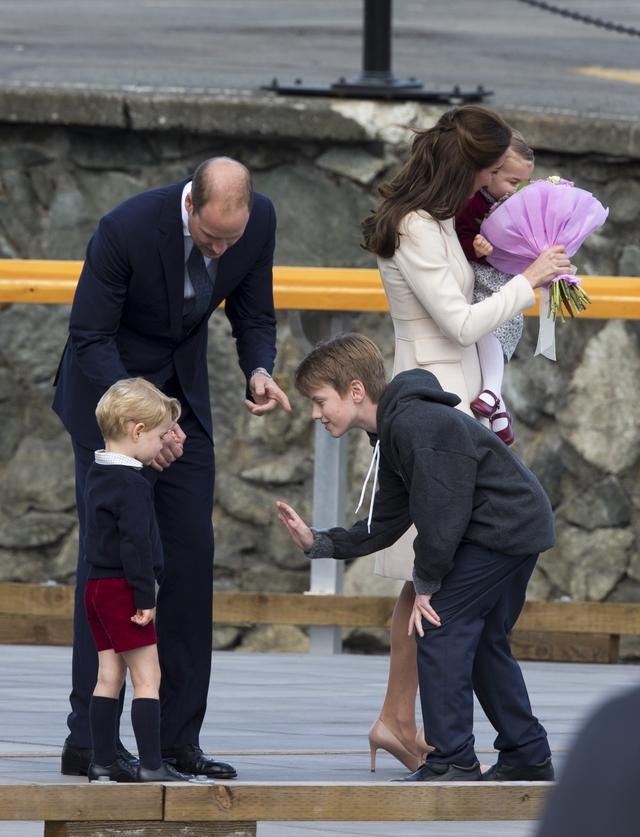 Stylizacje księżnej Kate znów wzbudziły zachwyt (FOTO)