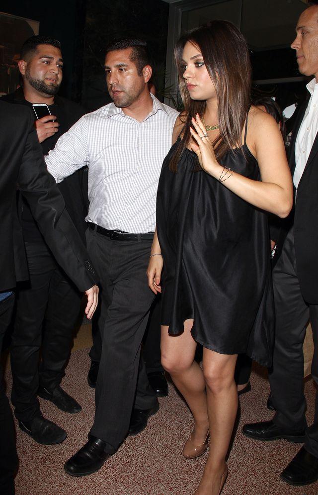 Mila Kunis strzela focha