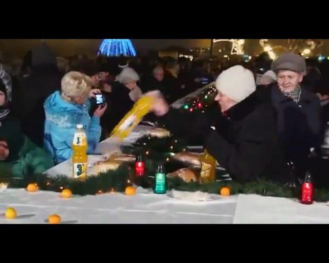 Internauci nagrali Bajkę o Kuźniarze [VIDEO]