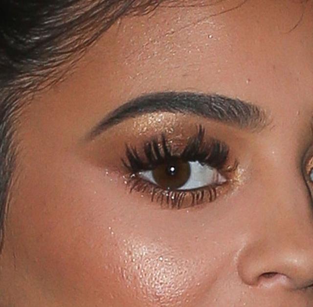 Nie pr�bujcie tego robi� w domu - twarz Kylie Jenner pod lup� (FOTO)