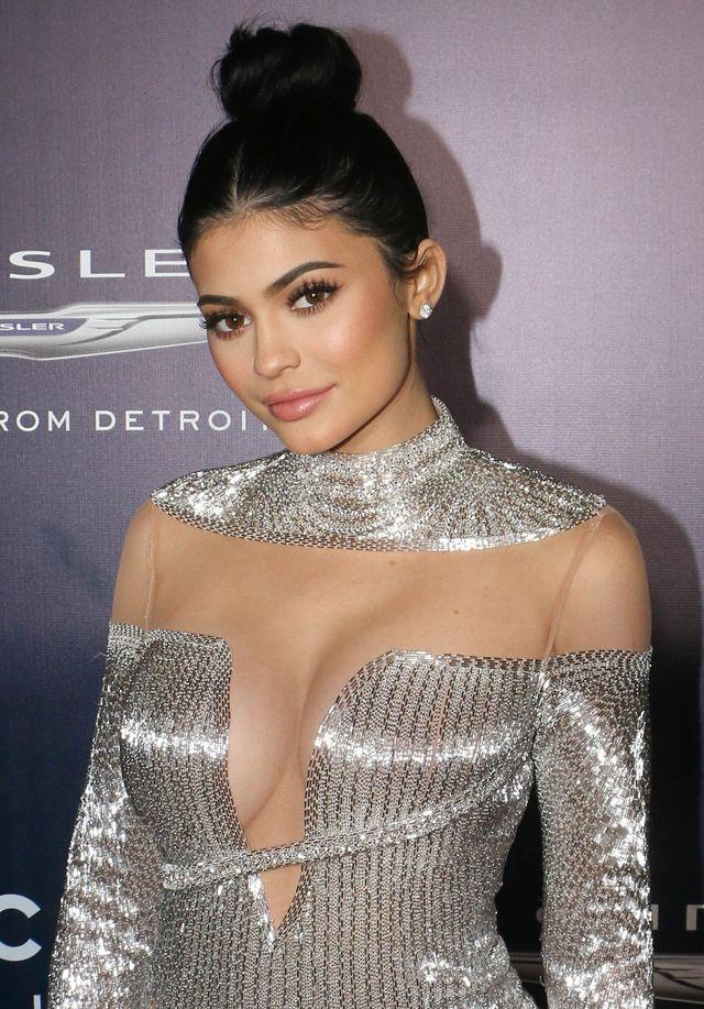 Po tym komentarzu Kylie Jenner możemy stwierdzić: Jest w ciąży!