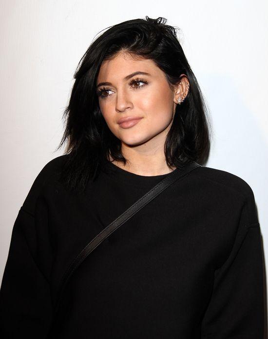 Kylie Jenner czarno widzi wizytę na czerwonym dywanie
