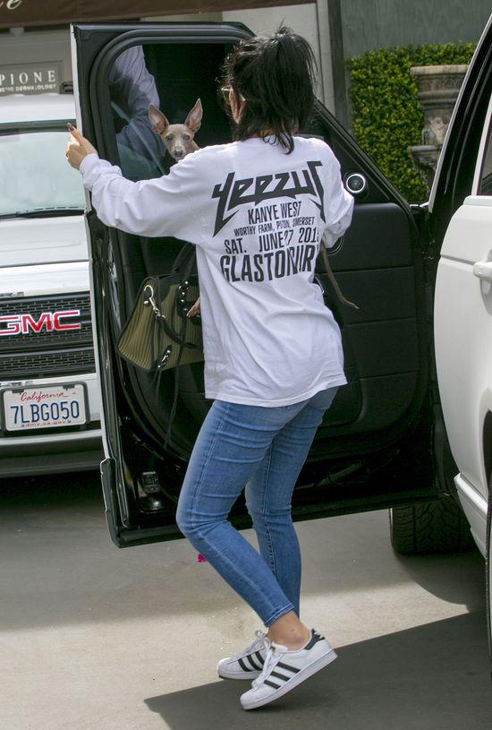 SZOK! Kylie Jenner BEZ makijażu i peruki! (FOTO)