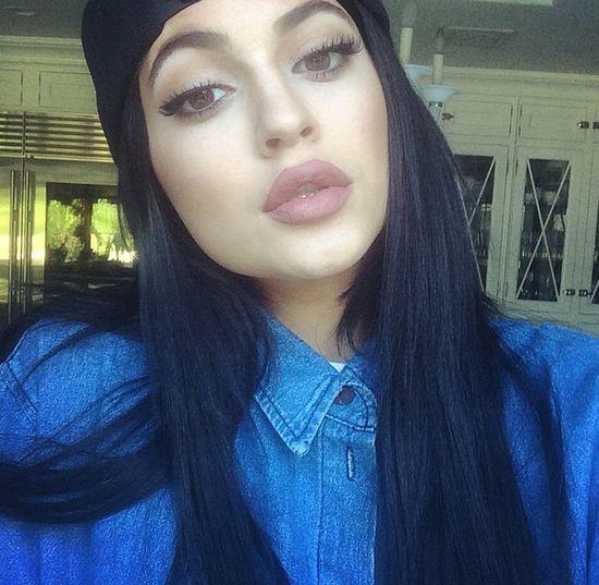 Kim Kardashian: Kylie NIE powi�kszy�a ust! (VIDEO)