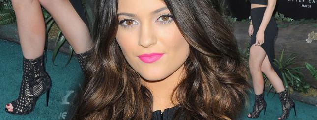 16-letnia Kylie Jenner pokazuje coraz więcej (FOTO)