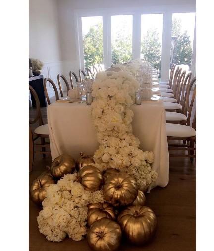Kendall Jenner odstawiła szopkę przy stole podczas Święta Dziekczynienia